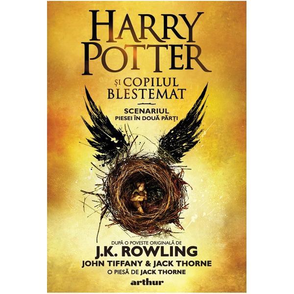 La Hogwarts Harry Potter nu înva&539;&259; doar s&259; foloseasc&259; bagheta sau s&259; zboare pe m&259;tur&259; descoper&259; c&259; binele ascunde o latur&259; obscur&259; &537;i c&259; în r&259;u s&259;l&259;&537;luie&537;te o f&259;râm&259; de bine Îl impresioneaz&259; pe Dumbledore îi face fa&539;&259; lui Snape &537;i îi rezist&259; în mod miraculos lui Voldemort Iar al&259;turi de Hermione Ron &537;i Hagrid