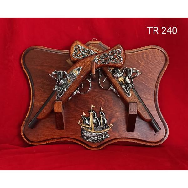 Trofeu 2 pistoale 385x29cm TR240