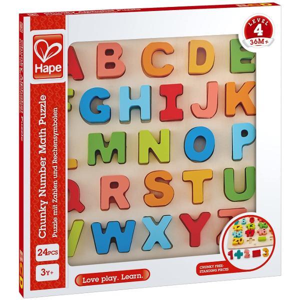 A B C D invatarea alfabetului este foarte distractiva Puteti invata literele pana la Z Acest puzzle colorat ofera copiilor o introducere in lumea citirii si a scrierii Goliti piesele puzzle-ului si apoi puneti-le inapoi in puzzle in ordinea corecta Excelent pentru invatarea alfabetului si pentru abilitatile motorii Combinati-l cu Puzzle-ul cu litere mici pentru a invata formele separate ale fiecarei litere Set de puzzle din 27 de piese Include literele majuscule din A-Z Jucariile