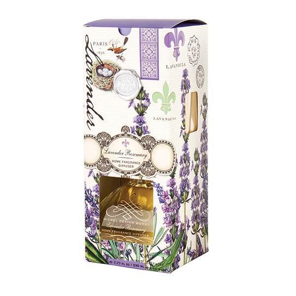 Mirosul subtil al difuzorului nostru de parfum întâmpin&259; oaspetii si îmbun&259;t&259;teste starea de spirit a camerei Opt betisoare din lemn si decantor de sticl&259; elegant sunt ambalate într-o cutie de fereastr&259; pentru o vizualizare usoar&259;Ulei de parfum 77 fl Oz  230 mlAromalavanda si