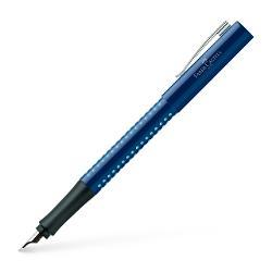 Stilou cu suprafata lucioasa Albastru-BleuZona antialunecare Grip patentata cu puncte mici de masajPenita otel cu varf de iridiun pentru un scris confortabilClip flexibl din metalAlimentare cartuse mici standard