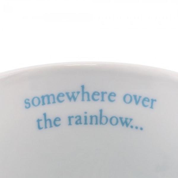Cana mica Gorjuss Rainbow Heaven&160;o cana adorabila de portelan cu micuta Heaven Cu un decor vesel in decor de curcubeu si micuta Heaven cu manerul in dungi albe cu negru aceasta canuta este potrivita pentru orice moment al zilei&160;Material portelan&160;Capacitate 250 mlDimensiuni&160;8 cm x 8 cm diamentrul