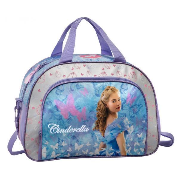 Geanta voiaj Disney Cenusareasa cu 1 compartiment principal 1 buzunar exterior dimensiune 40 cm material microfibra si piele ecologica imprimeu cu personajul CenusareasaGeanta voiaj cu licenta Disney Cinderella este recomandata pentru copiiCaracteristiciTipGeanta