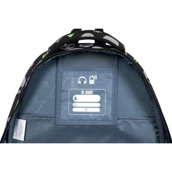 Ghiozdan reflectorizant cu 4 compartimente 2 buzunare exterioare 2 buzunare interioare suolimentare buzunar interior captusit cu fleece iesire casti Spate profilat ergonomic rigidizat in plus bretele moi cu reglare de lungime material impermeabil
