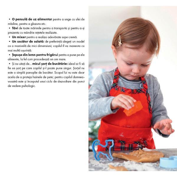 Prima carte de bucate Montessori pentru copiii &238;ntre 3 &537;i 6 ani35 de re&539;ete &537;i explica&539;ii practice&206;ncep&226;nd cu v&226;rsta de 3 ani &238;ncuraja&539;i-v&259; copilul s&259; participe la prepararea meselor de familie &537;i la realizarea unor re&539;ete atent selectate pentru autonomia pe care acestea o ofer&259; copilului20 de pagini practice pentru a v&259; organiza buc&259;t&259;ria conform pedagogiei Montessori &537;i sfaturi pentru a-i